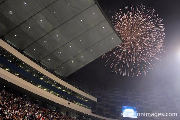 PUEBLA, PUE, MEXICO. NOVEMBER 18th: Fireworks during the friendly match between Puebla and Boca Juniors as reopening of the stadium Cuauhtemoc, held at Cuauhtemoc stadium, in Puebla city, Puebla, Mexico.(PHOTO BY STRAFFON IMAGES/AGENCIA 2.8/VICTOR CRUZ/MANDATORY CREDIT/EDITORIAL USER/NOT FOR SALE/NOT ARCHIVE)
