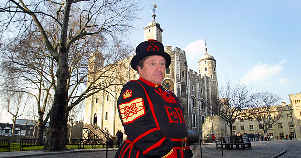 Beefeaters pictured at the Tower of London Pic: STEPHEN POND/HRP/newsteam.co.uk 07/02/2005
